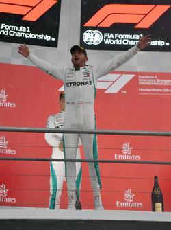 Race winner Lewis Hamilton, Mercedes-AMG F1 celebrates on the podium