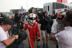 Sebastian Vettel, Ferrari revient en marchant après son crash