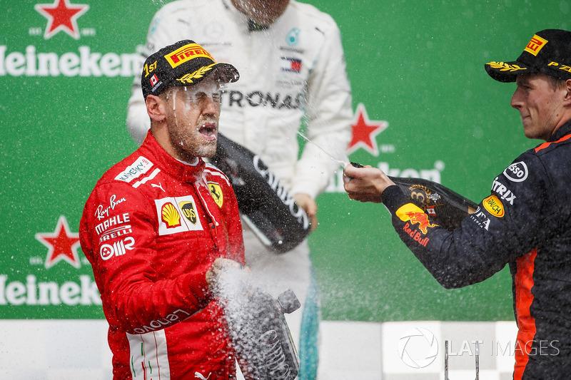 Vettel şampiyonları yakalıyor