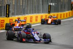 Pierre Gasly, Toro Rosso STR13 Honda, Fernando Alonso, McLaren MCL33 Renault, and Stoffel Vandoorne, McLaren MCL33 Renault