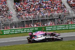 Sergey Sirotkin, Williams FW41 and Esteban Ocon, Force India VJM11 battle