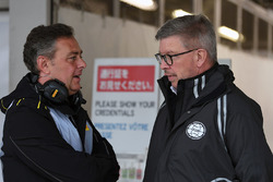 Mario Isola, Pirelli Sporting Director e Ross Brawn, Managing Director del Motorsport Formula One