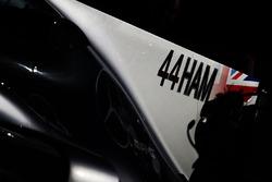 Прізвище Льюіса Хемілтона на Mercedes AMG F1 W08