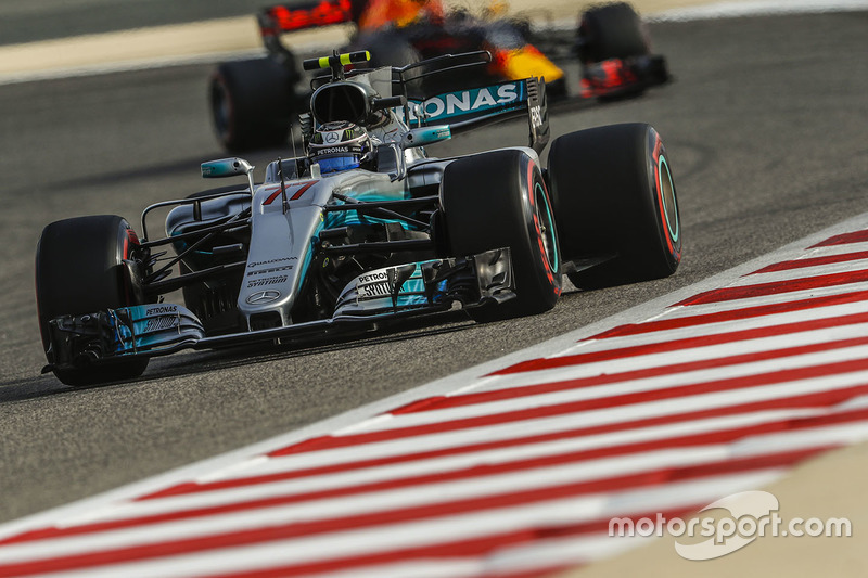 Valtteri Bottas, Mercedes AMG F1 W08, leads Max Verstappen, Red Bull Racing RB13
