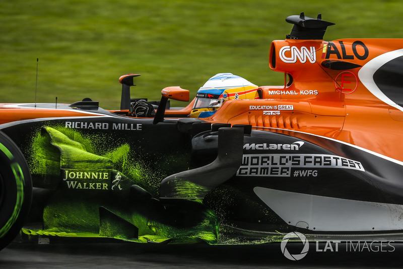 Fernando Alonso, McLaren MCL32, aero paint