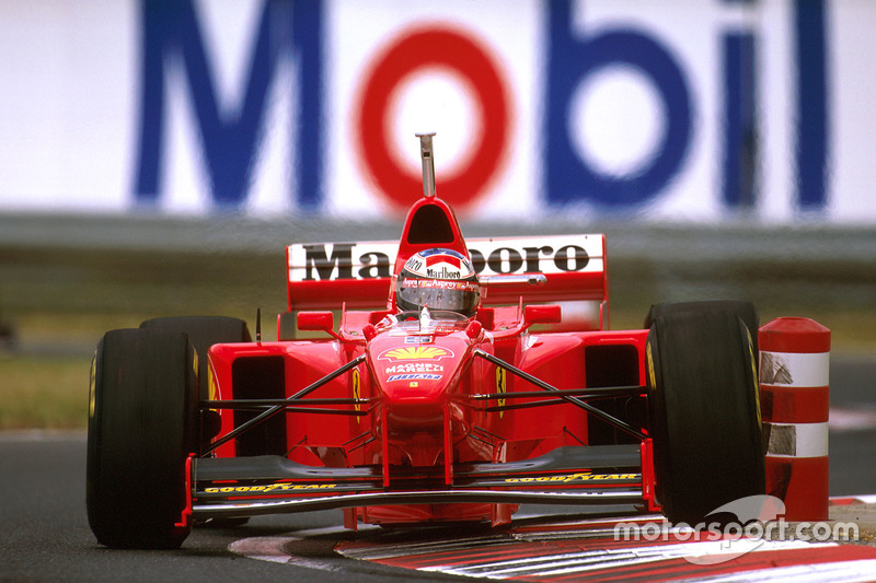 Михаэль Шумахер 7 раз был на поуле в Венгрии. Хэмилтон же выиграл на «Хунгароринге» 5 квалификаций