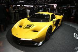 Pininfarina Fittipaldi EF7