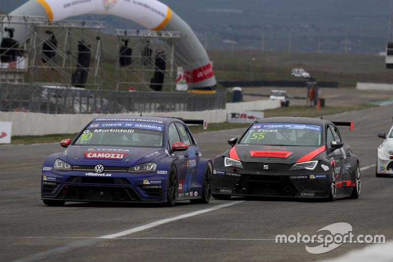 Gianni Morbidelli, West Coast Racing, Volkswagen Golf GTi TCR, Ferenc Ficza, Zele Racing, SEAT León