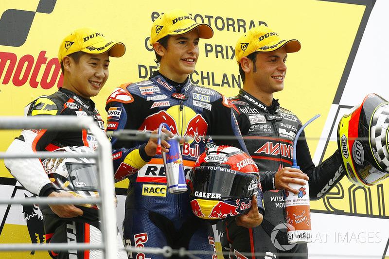 Podio: 1º Marc Márquez, 2º Tomoyoshi Koyama, 3º Sandro Cortese