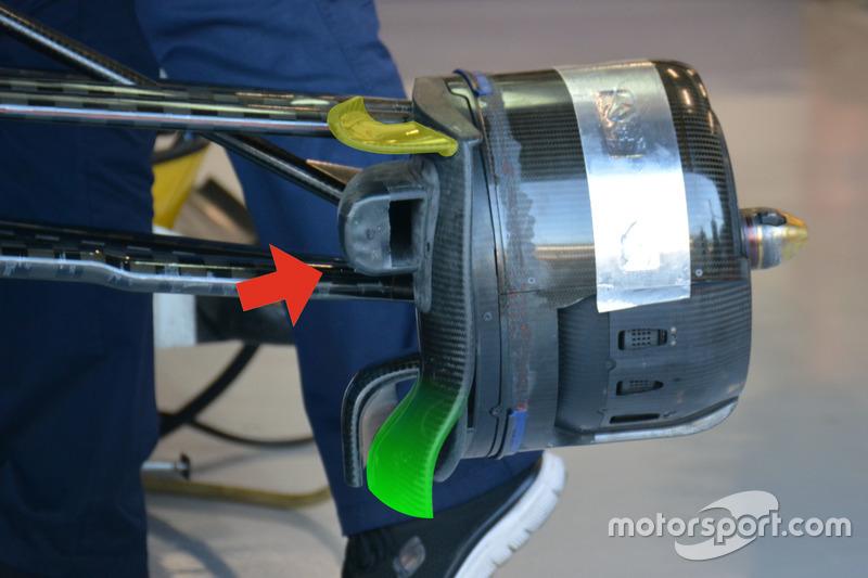 Sauber C35, Front brake duct