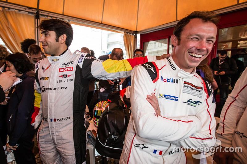 #50 Larbre Competition Chevrolet Corvette C7-R: П'єрр Раг та #91 Porsche Motorsport Porsche 911 RSR: Патрік Пілет