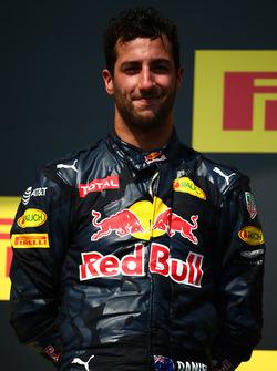 Podium: tercer lugar Daniel Ricciardo, Red Bull Racing