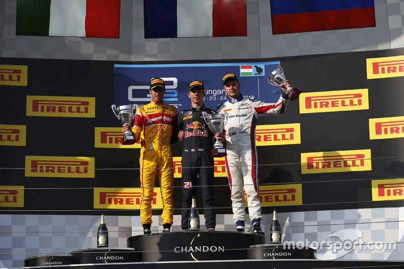 Podium: Winner Pierre Gasly, PREMA, Racing; second place Antonio Giovinazzi, PREMA Racing; third pla