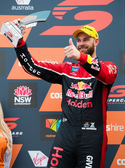 Podium: Shane van Gisbergen, Triple Eight Race Engineering Holden
