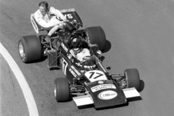 Carlos Pace, Williams March 711, mit Ronnie Peterson, Tyrrell