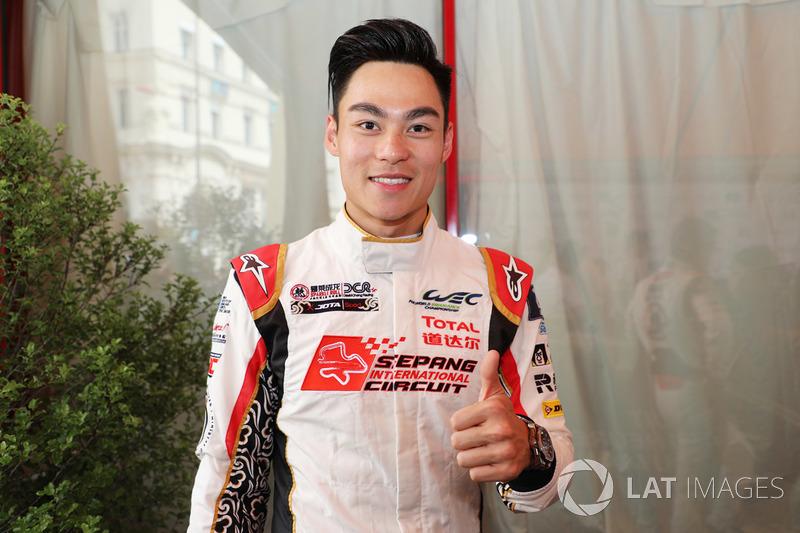 Weiron Tan