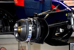 Les freins de la Scuderia Toro Rosso STR13