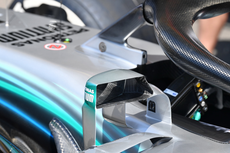 Mercedes-AMG F1 W09 mirror detail