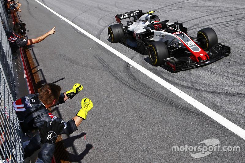 Magnussen de Haas'ın mutlu olmasını sağlıyor