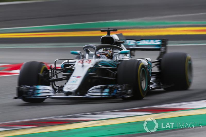 No final, Lewis Hamilton foi o grande vencedor, após amplo domínio.