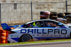 Crash: Macauley Jones, Brad Jones Racing Holden