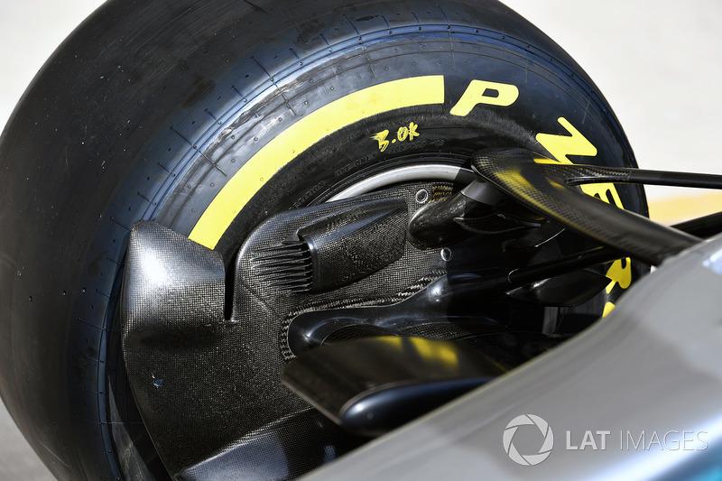 Mercedes W08: Bremskühlung