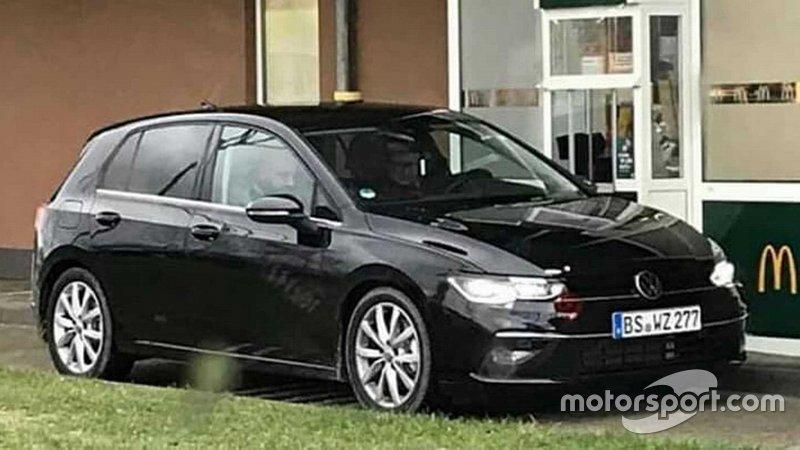 Шпигунське фото Volkswagen Golf