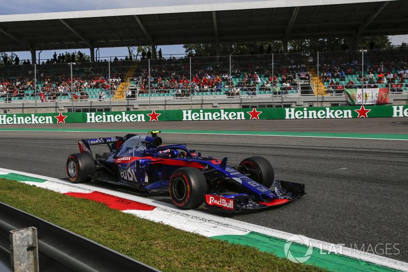 9: Pierre Gasly, Scuderia Toro Rosso STR13, 1'21.350