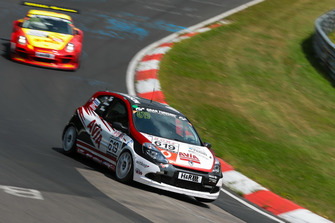 #619 Renault Clio RS CUP AVIA Racing: Stephan Epp, Gerrit Holthaus, Michael Bohrer