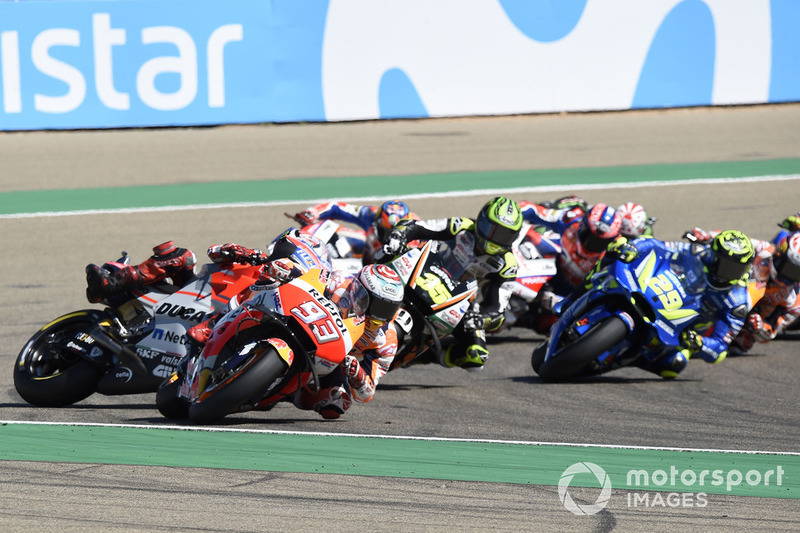 Jorge Lorenzo, Ducati Team choca detrás de Marc Márquez, Repsol Honda Team