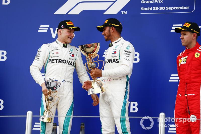 Podio: segundo lugar Valtteri Bottas, Mercedes AMG F1, ganador de la carrera Lewis Hamilton, Mercedes AMG F1, tercer lugar Sebastian Vettel, Ferrari
