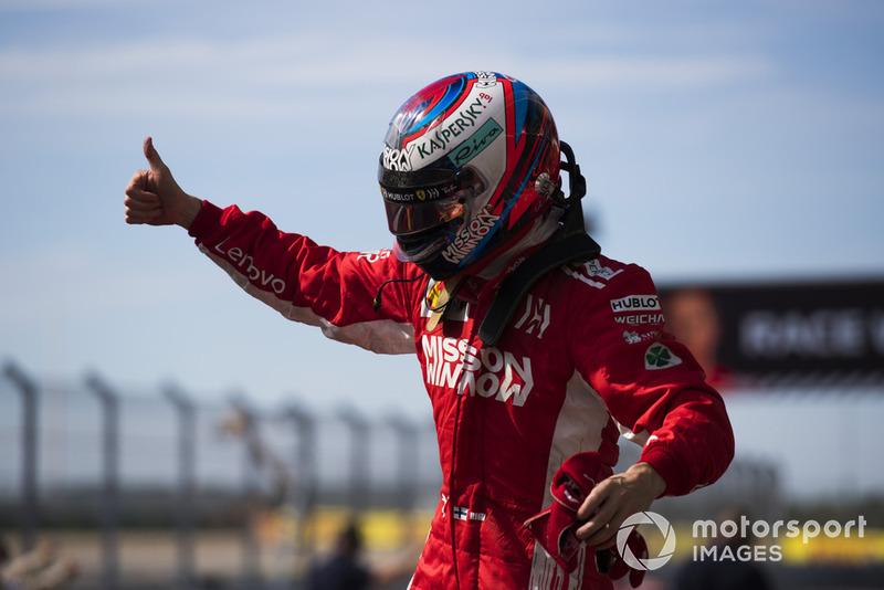 Pemenang balapan, Kimi Raikkonen, Ferrari