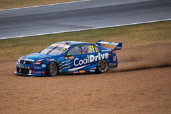Tim Blanchard, Brad Jones Racing Holden runs wide