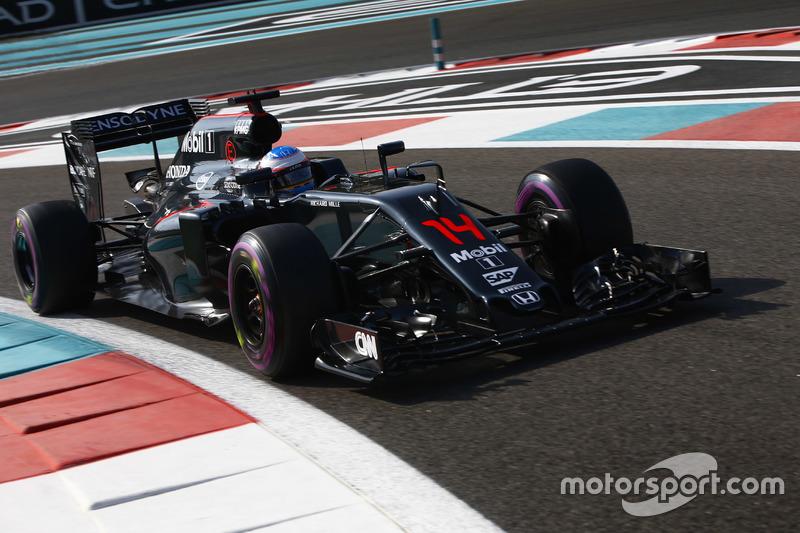 2016: McLaren MP4-31 Honda (два пятых места, 6-е место в КК)