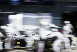 Felipe Massa, Williams FW40, pitstop