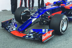 Toro Rosso STR12 detail van de neus