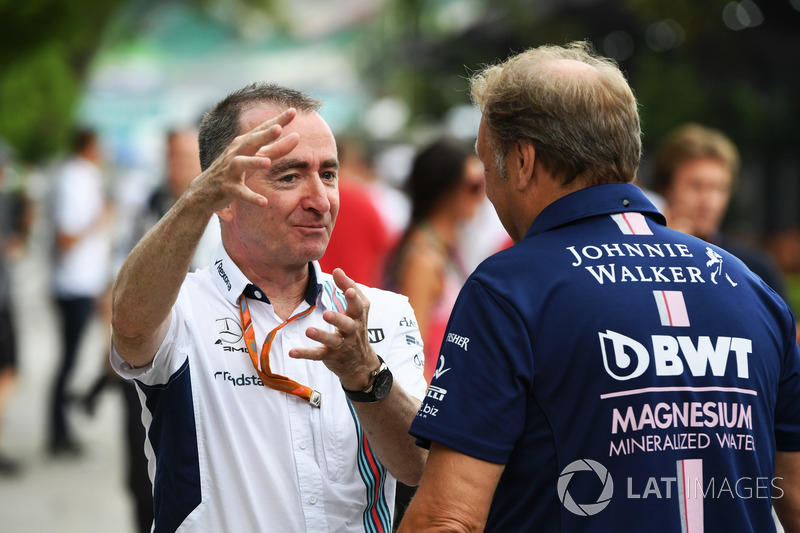Paddy Lowe, accionista y director técnico de Williams y Robert Fearnley, jefe de equipo de Sahara Fo