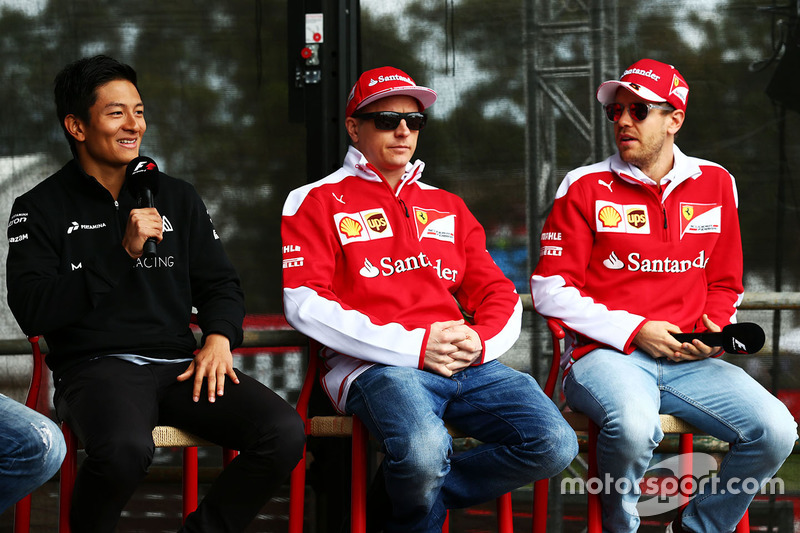 7. Rio Haryanto, Manor Racing, bersama Kimi Raikkonen dan Sebastian Vettel, Ferrari