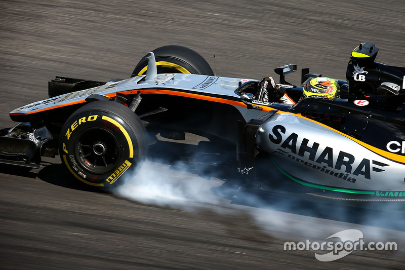 Sergio Perez, Sahara Force India F1 VJM09 locks up under braking