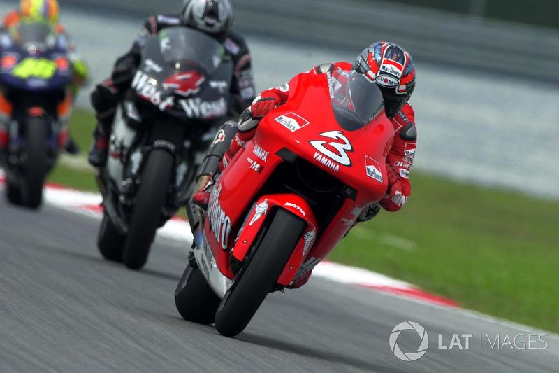 2002 : Max Biaggi (Marlboro Yamaha Team)