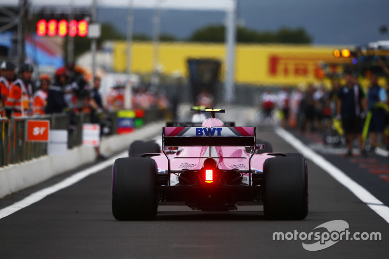 13. Естебан Окон, Force India VJM11 — 11