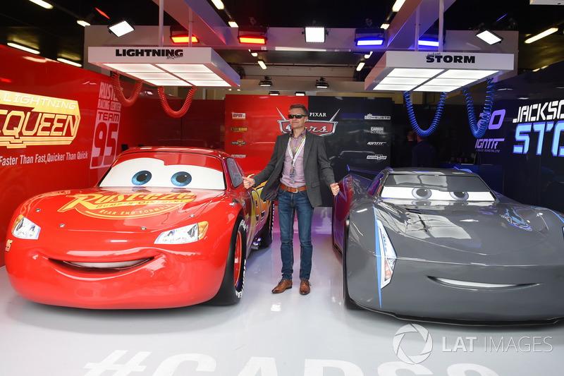 Fan in the Cars 3 garage