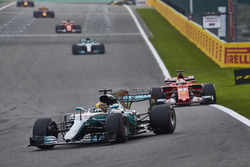 Lewis Hamilton, Mercedes AMG F1 W08, Sebastian Vettel, Ferrari SF70H, Valtteri Bottas, Mercedes AMG F1 W08, Kimi Raikkonen, Ferrari SF70H