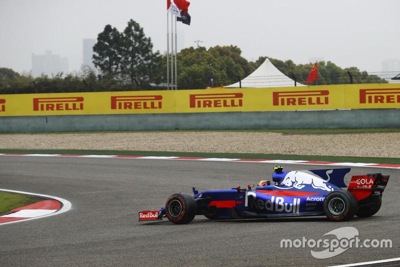 Carlos Sainz Jr., Scuderia Toro Rosso STR12, Dreher am Start