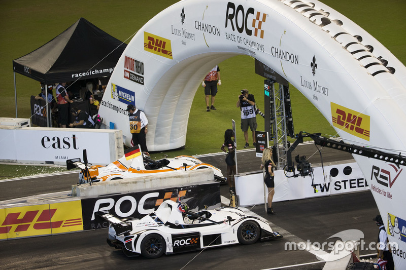 Pascal Wehrlein en Petter Solberg, in de Radical SR3 RSX