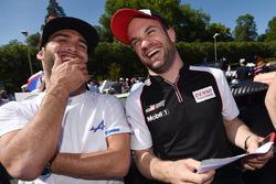 Андре Негран, Signatech Alpine, и Николя Ляпьер, Toyota Gazoo Racing