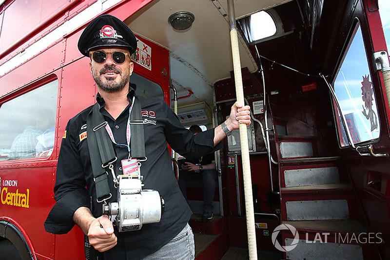 Malcolm Tales, piloto del autobús Routemaster