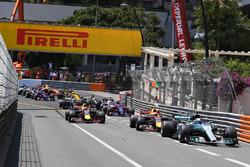Valtteri Bottas, Mercedes-Benz F1 W08 Hybrid al inicio
