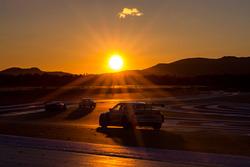 Renn-Action bei Sonnenaufgang