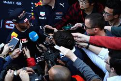 Daniel Ricciardo, Red Bull Racing avec les médias